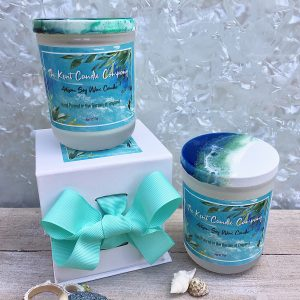 Contemporary Candle with Gift Box Group Shot