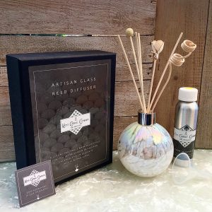 Mouth Blown Reed Diffuser Blown White Pearlescent Round and Gift Box Display